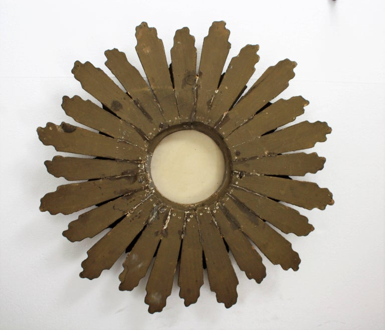 Spanish Baroque Double Layered Silver and Gold Giltwood Sunburst Mirror, 1930s For Sale 4
