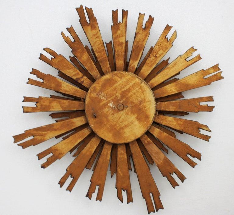 Spanish Baroque Giltwood Sunburst Starburst Mirror with Flower Details For Sale 6