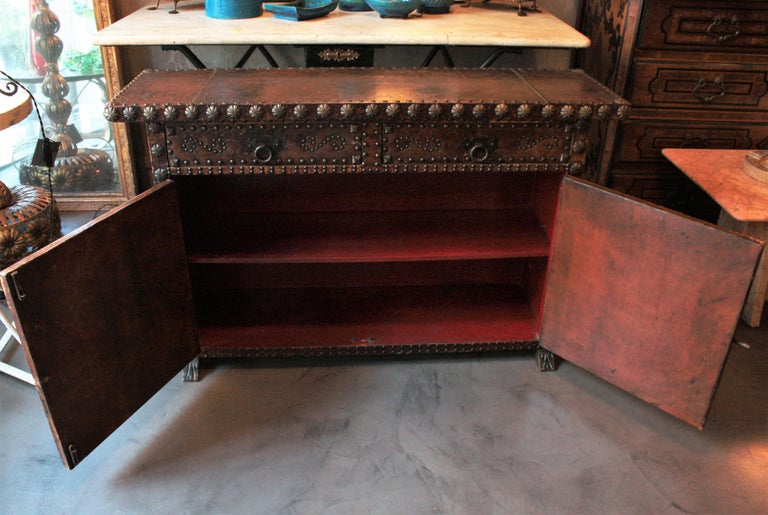 Spanish Colonial Leather Credenza or Buffet with Silvered Iron Studs For Sale 11