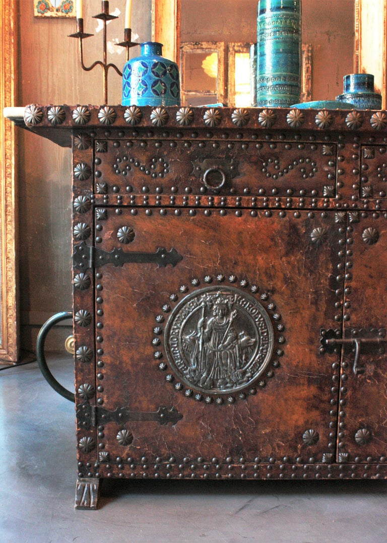 20th Century Spanish Colonial Leather Credenza or Buffet with Silvered Iron Studs For Sale