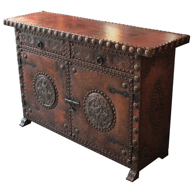 Spanish Colonial Leather Credenza or Buffet with Silvered Iron Studs For Sale
