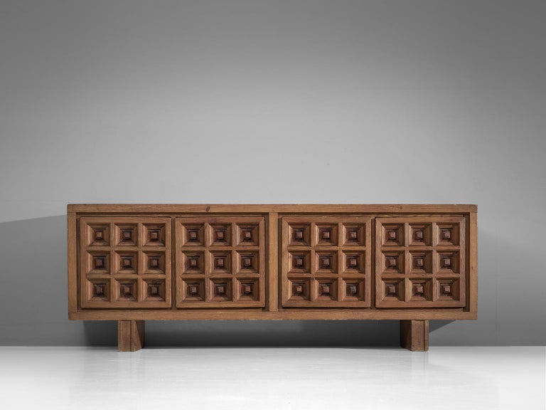 Spanish Sideboard in Stained Pine Manufactured by Biosca In Good Condition For Sale In Waalwijk, NL