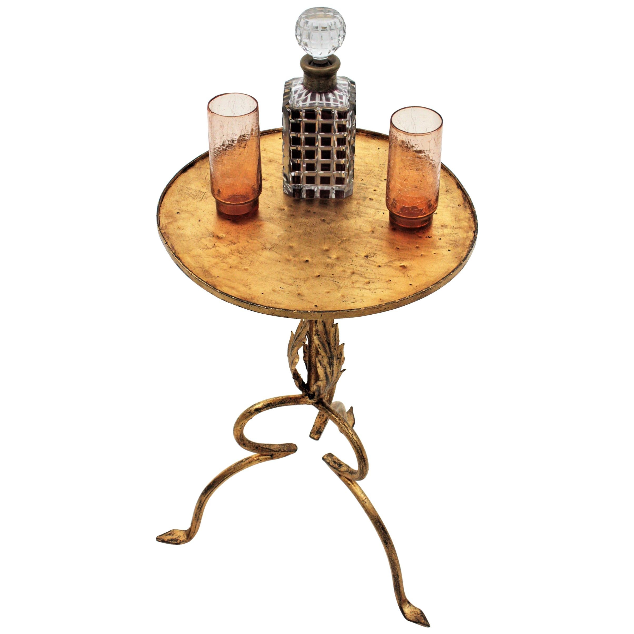 Spanish Gilt Wrought Iron Gueridon Drinks Table with Foliate Details, 1940s
