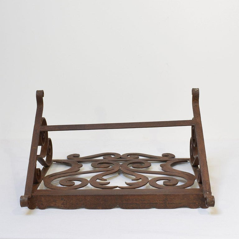 Spanish Late 19th Century Hand Forged Iron Lectern For Sale 5
