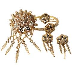 Spanish Neo-Renaissance Set Brooch, Earrings, Bracelet and Ring in 18 Karat Gold