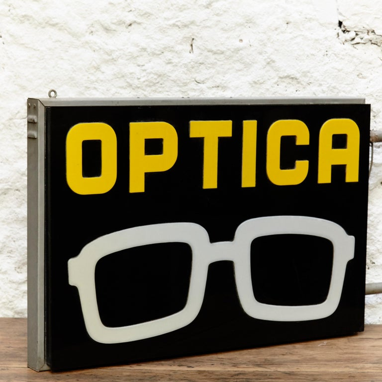 Modern Spanish Optical Store Light Signal Black Yellow and White, circa 1970 For Sale