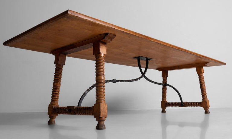 Spanish Style Dining Table, France, circa 1900 In Good Condition For Sale In Culver City, CA