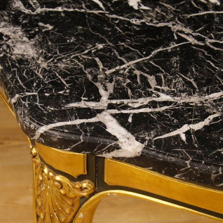 Spanish Table in Lacquered and Giltwood with Marble Top from 20th Century In Good Condition For Sale In Vicoforte, Piedmont