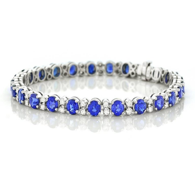 Spark Sapphire and Diamond-Set White Gold Bracelet For Sale 6