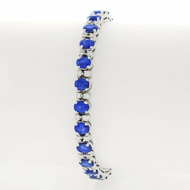 Spark Sapphire and Diamond-Set White Gold Bracelet For Sale 4