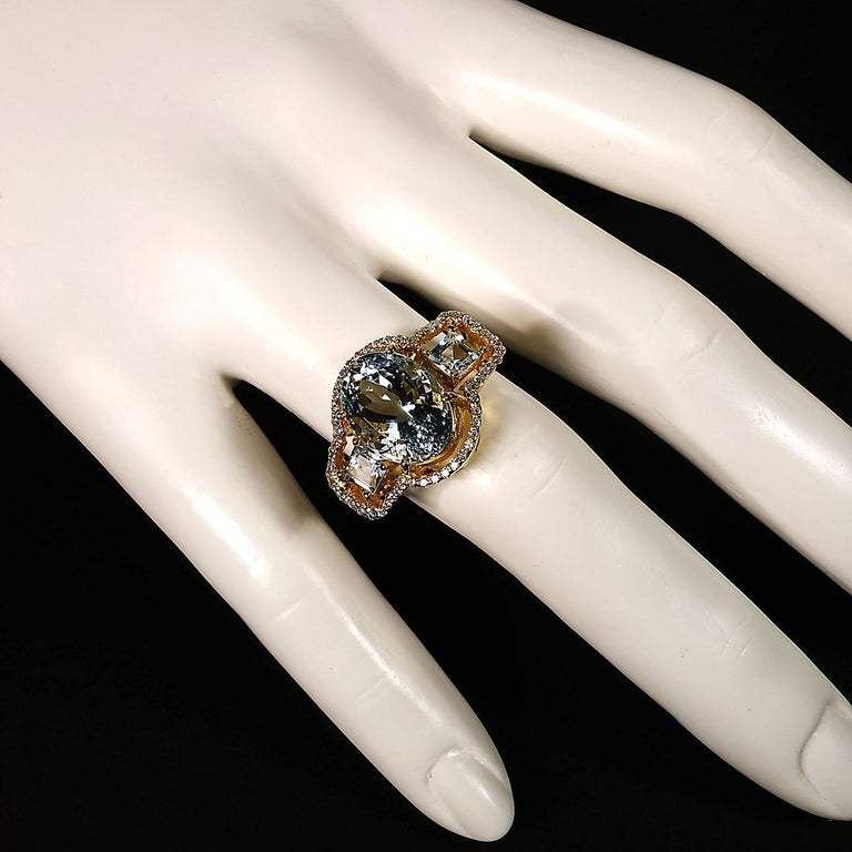 Sparkling Three stone Aquamarine Dinner ring with Zircons For Sale 5