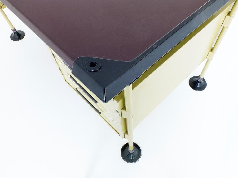 Spazio Desk and Side Desk by Bbpr Studio for Olivetti, Italy, 1962 For Sale 4