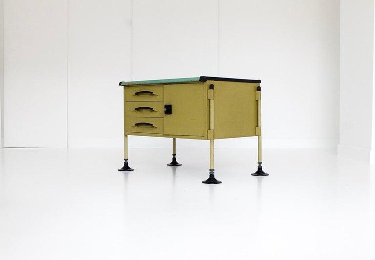 Spazio Desk and Side Desk by Bbpr Studio for Olivetti, Italy, 1962 For Sale 10