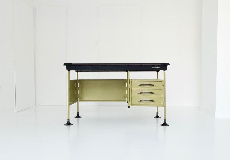 Mid-Century Modern Spazio Desk and Side Desk by Bbpr Studio for Olivetti, Italy, 1962 For Sale