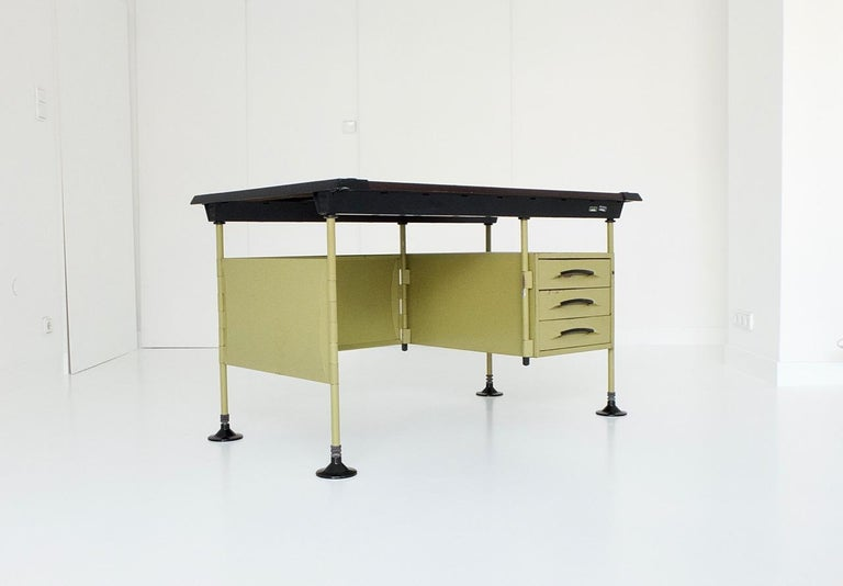 Italian Spazio Desk and Side Desk by Bbpr Studio for Olivetti, Italy, 1962 For Sale