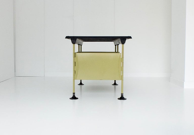 Spazio Desk and Side Desk by Bbpr Studio for Olivetti, Italy, 1962 In Good Condition For Sale In Munster, NRW