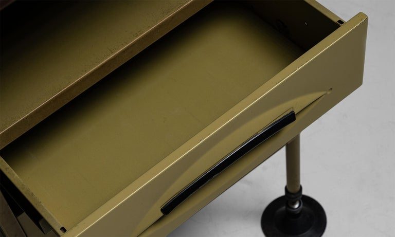 Metal Spazio Modernista Desk by Studio BBPR, Italy, 1959 For Sale