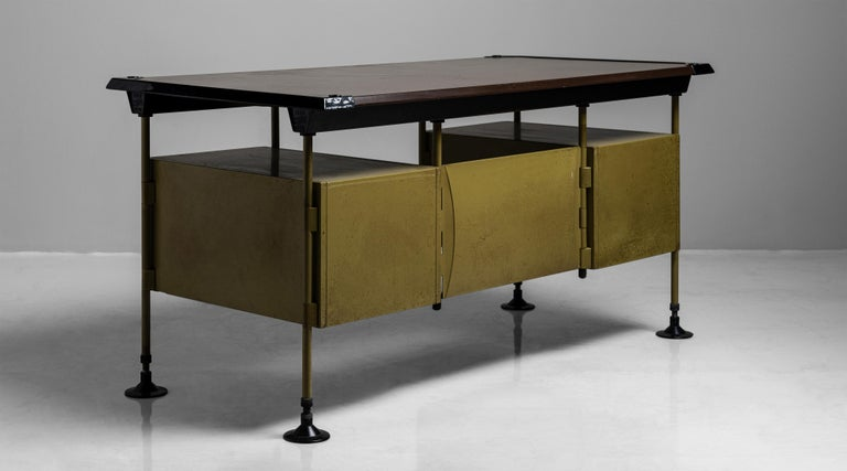 Spazio Modernista Desk by Studio BBPR, Italy, 1959 For Sale 1