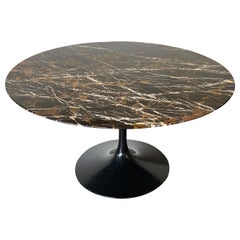 Spectacular Circular Marble Dining Table by Eero Saarinen for Knoll