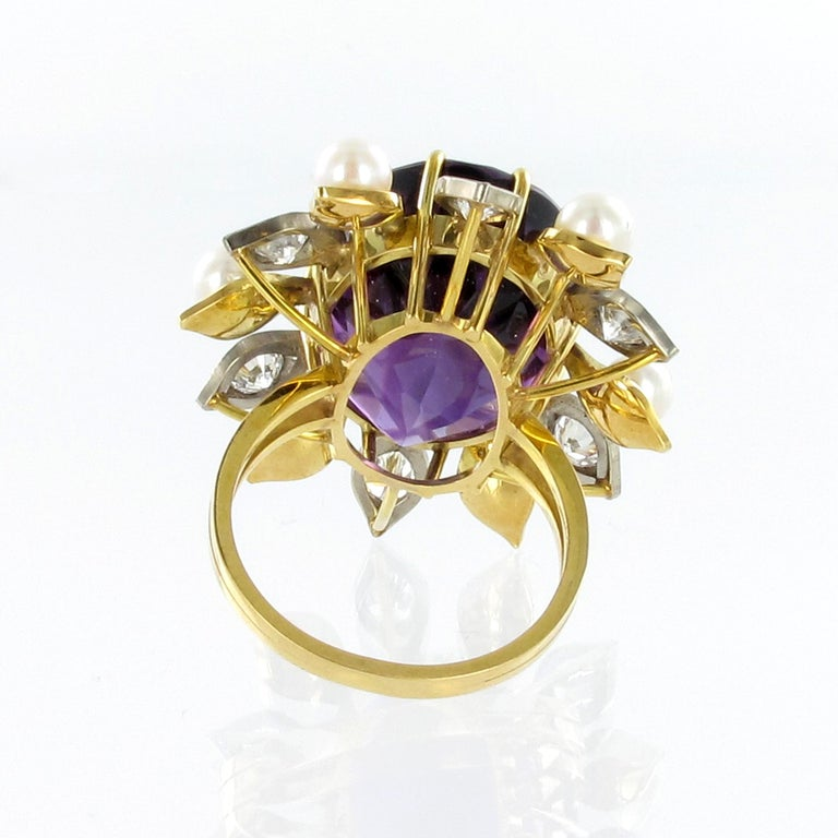 Women's or Men's Spectacular Amethyst, Diamond and Pearl Suite in Yellow and White Gold For Sale