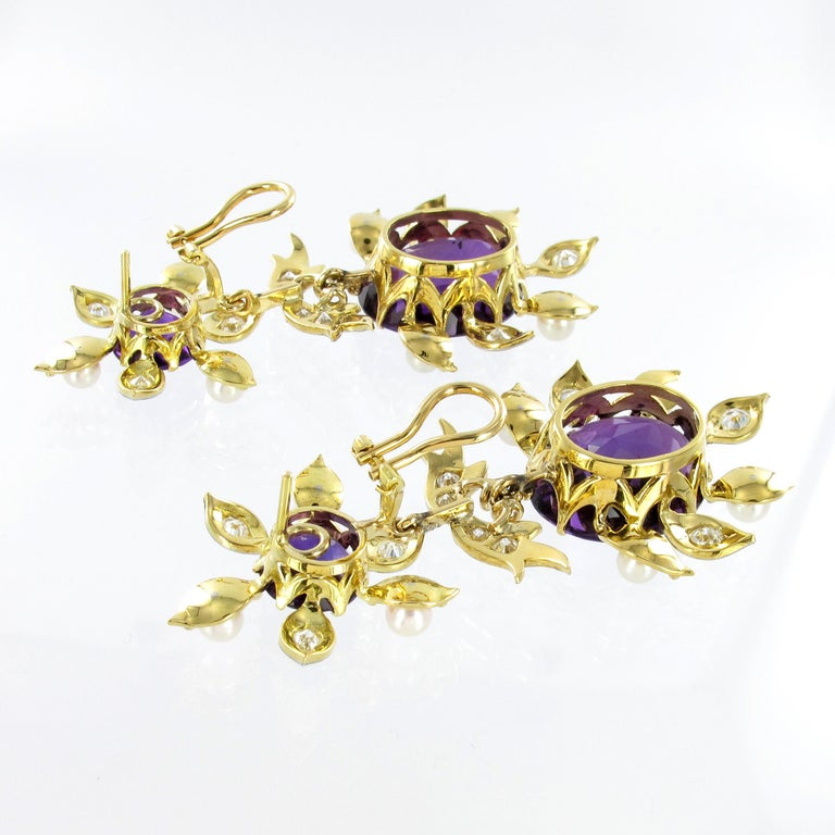 Spectacular Amethyst, Diamond and Pearl Suite in Yellow and White Gold For Sale 2