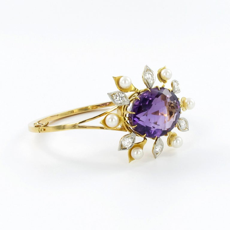 Spectacular Amethyst, Diamond and Pearl Suite in Yellow and White Gold For Sale 3