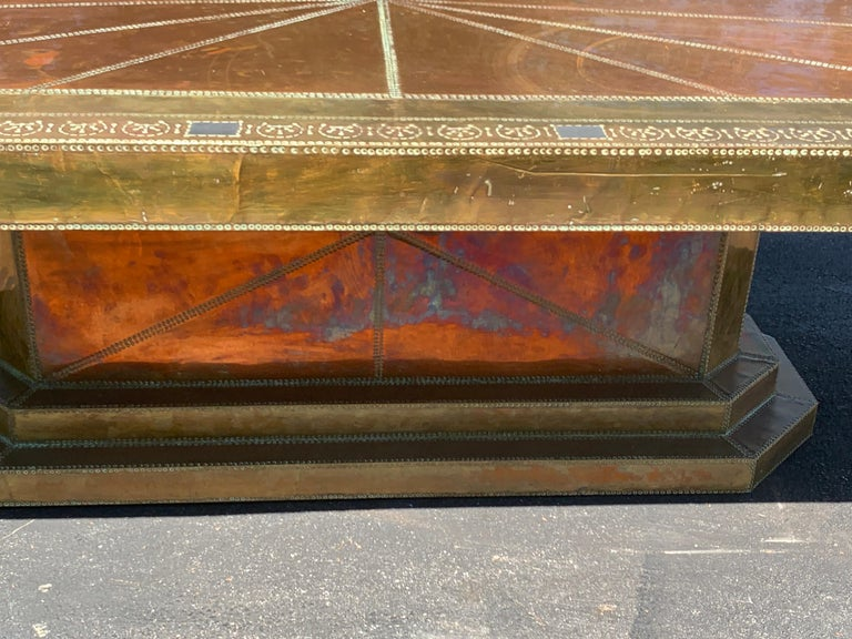 Modern Spectacular Copper and Brass Dining Table by Rodolfo Dubarry for King Hassan II For Sale