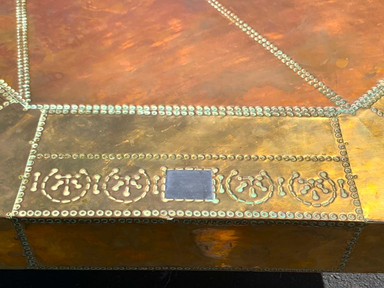20th Century Spectacular Copper and Brass Dining Table by Rodolfo Dubarry for King Hassan II For Sale