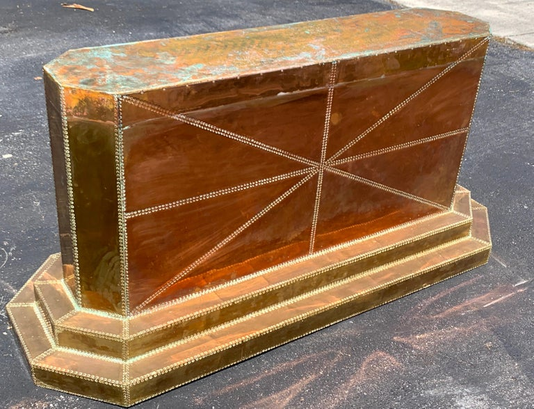 Spectacular Copper and Brass Dining Table by Rodolfo Dubarry for King Hassan II For Sale 2