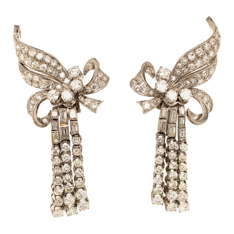 Spectacular Diamond Earclips in 14 Karat White Gold and Platinum For Sale