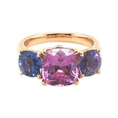 Spectacular Fancy Sapphire Trilogy Ring by Gübelin in 18 Karat Rose Gold