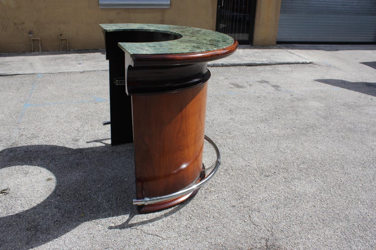 Spectacular French Art Deco Macassar Ebony Semicircle Dry Bar, circa 1940s For Sale 4