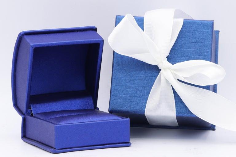 Women's or Men's Spectacular GIA 9.38 I-VVS2 Emerald Cut Diamond Ring For Sale