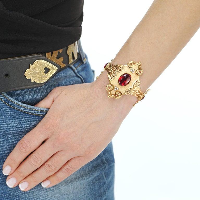 Women's or Men's Spectacular Gothic Revival Bracelet 18 Karat, circa 1870s, French For Sale