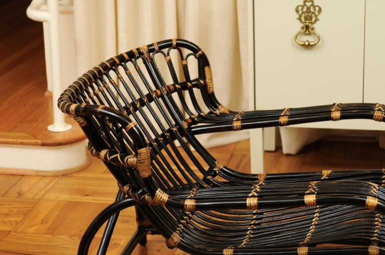 Spectacular Pair of Espresso and Caramel Art Deco Rattan Loungers, circa 1940 For Sale 6