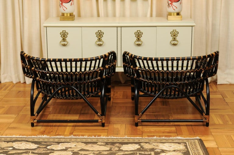 Spectacular Pair of Espresso and Caramel Art Deco Rattan Loungers, circa 1940 For Sale 8