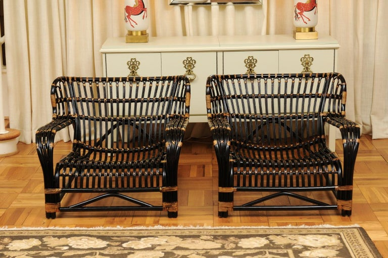 Spectacular Pair of Espresso and Caramel Art Deco Rattan Loungers, circa 1940 For Sale 1
