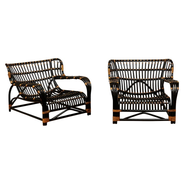 Spectacular Pair of Espresso and Caramel Art Deco Rattan Loungers, circa 1940 For Sale