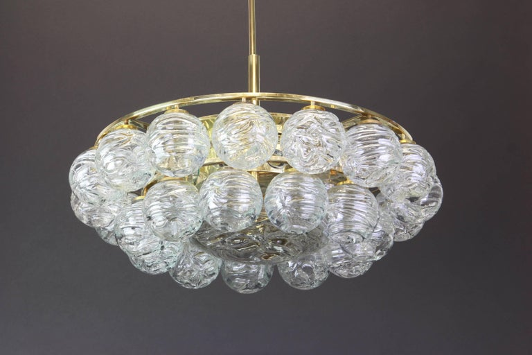 Spectacular Sputnik Chandelier Murano Glass Snow Balls by Doria, Germany, 1970s In Good Condition For Sale In Aachen, DE