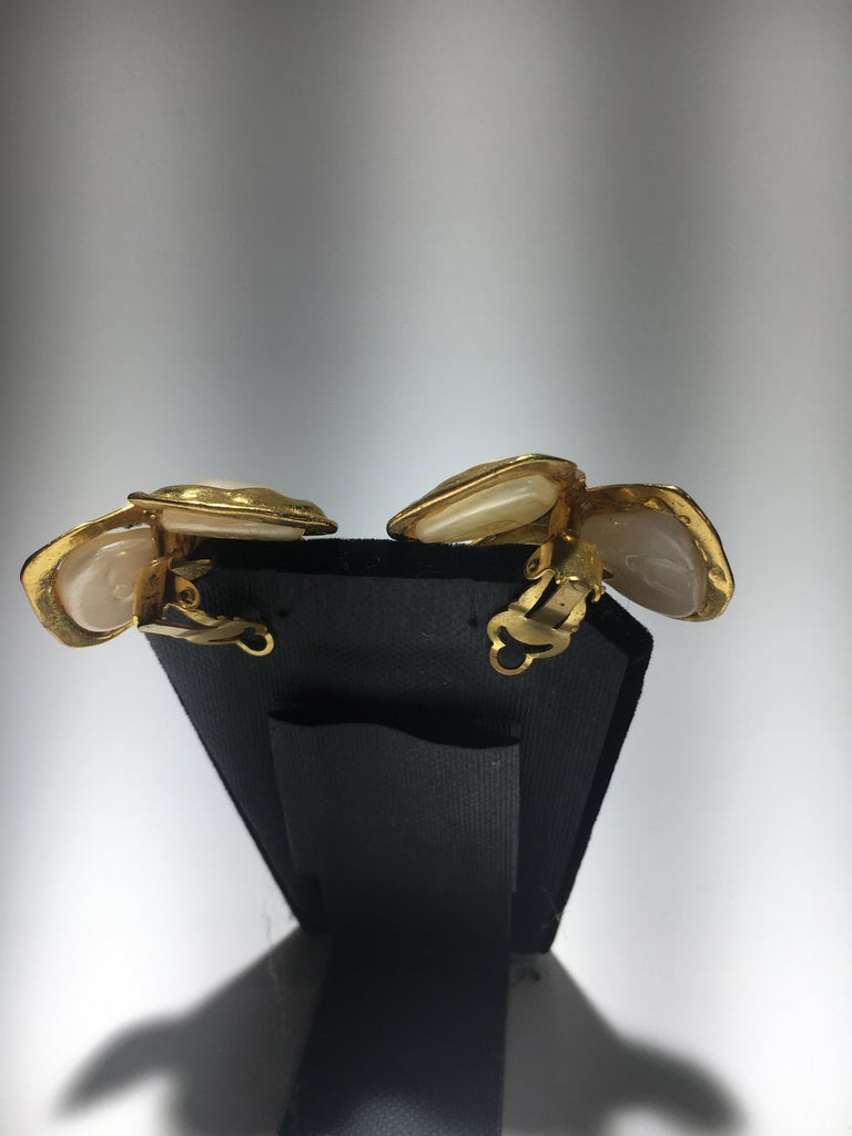 Spectacular Three Leaf Gold And Faux Mabe Pearl Chanel Earings, Great Scale. In Excellent Condition For Sale In Buchanan, MI