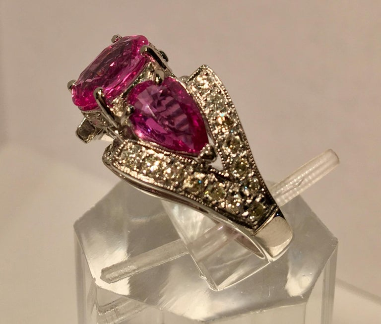 Women's Spectacular Vivid Pink Sapphire Diamond Platinum Three-Stone Ring For Sale