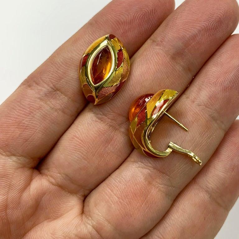 Spessartine Garnet 6.40 Carat Enamel 18 Karat Yellow Gold Earrings For Sale 1