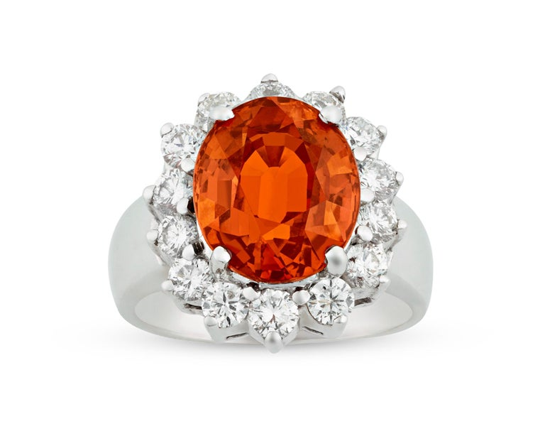 Spessartite Garnet Ring, 5.50 Carat In Excellent Condition For Sale In New Orleans, LA