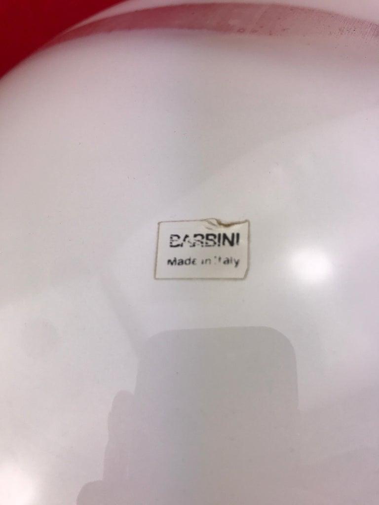 Italian Alfredo Barbini MId-Century Modern Spherical white Murano Glass Table Lamp 1970s For Sale
