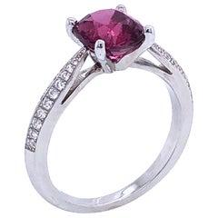 Spinel 2.13 Karat with Diamonds on White Gold 18 Karat Ring