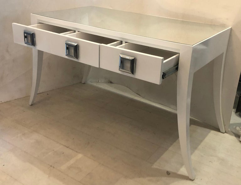 Splay Leg Mid-Century Modern Style Desk In Good Condition For Sale In West Palm Beach, FL