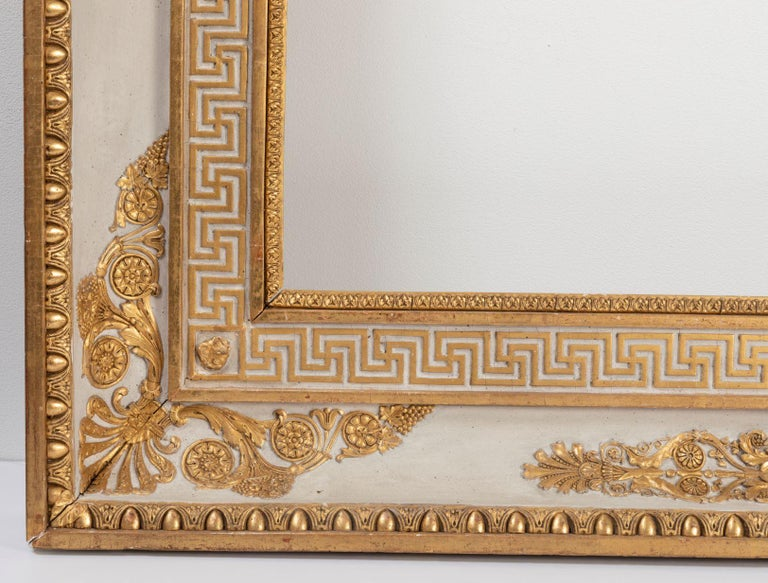 Splendid French Empire Carved Giltwood Frame or Mirror France Early 19th Century In Good Condition For Sale In Saint-Ouen, FR