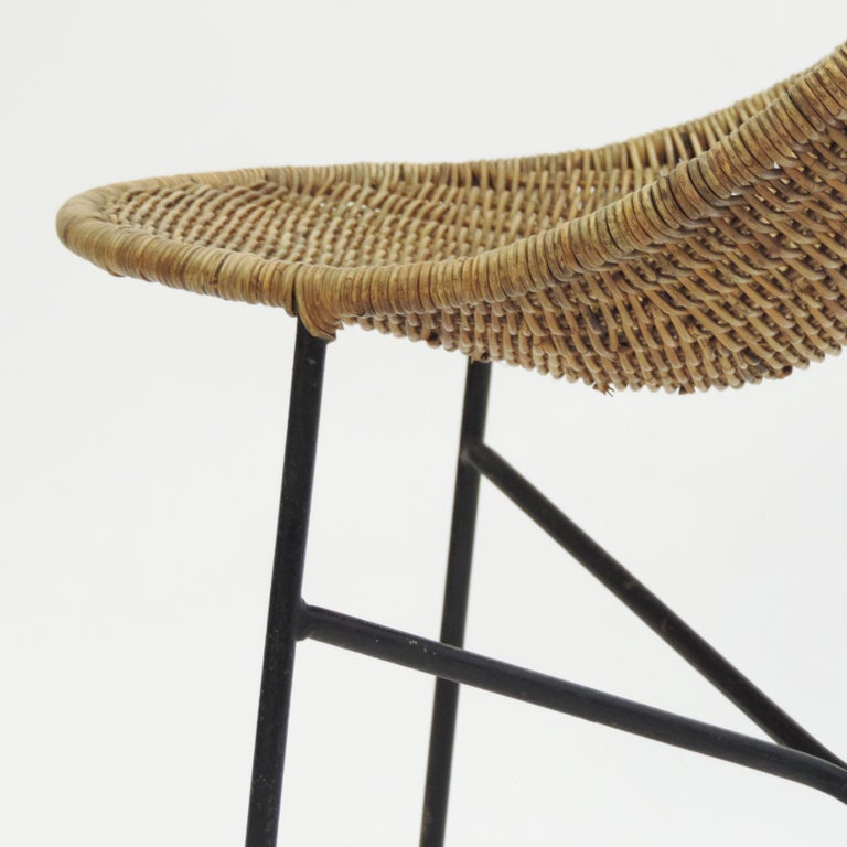 Georges and Hermine Laurent Wicker and Metal Chair, 1950s In Good Condition For Sale In Milan, IT