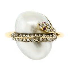 Splendid Vintage Baroque Pearl Diamond 14 Karat Snake Ring