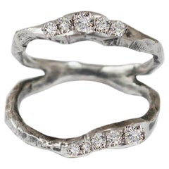 Split Ring in 18 Karat White Gold with White Diamonds